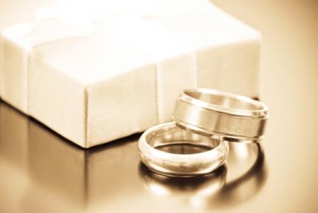 Ką jauniesiems dovanoti vestuvių proga?