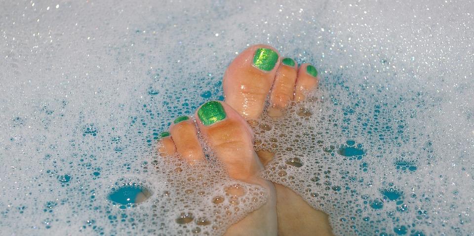 Įrengto dušo savo darbovietėje norėtų 86 proc. biuruose dirbančių žmonių