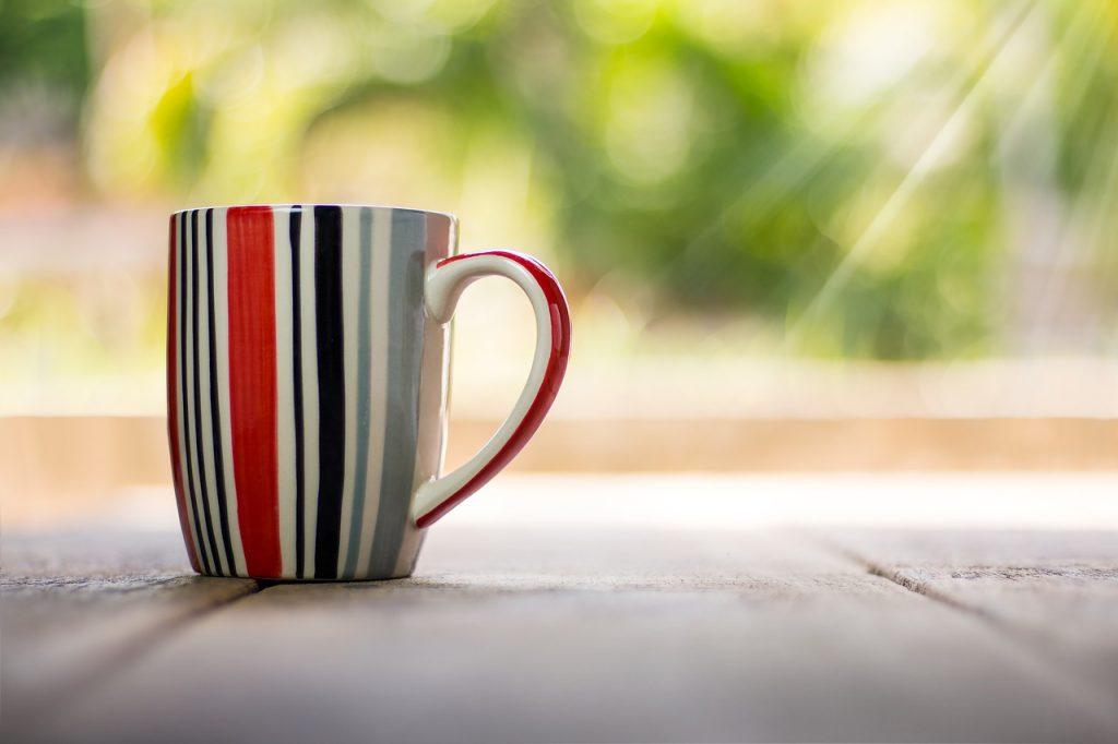 Suvenyriniai puodeliai už patrauklias kainas