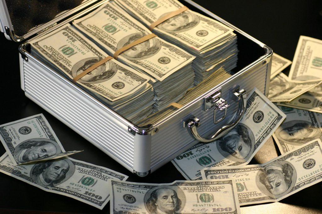 Pinigų stygius ir trumpalaikiai kreditai